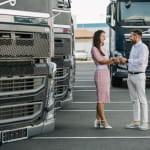 Покупка 18 новых автомобилей Volvo